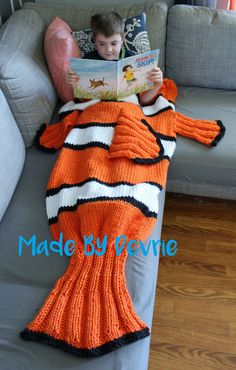 Knitting Pattern for Nemo Blanket - #ad Clownfish blanket is knit flat for the first half and then closed off like a sleeping bag at the base of the tail to keep your feet nice and warm. Quick knit in bulky yarn. tba movie sea creature