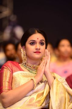 Wedding Costumes, Elegant Bride, South Actress, Traditional Sarees, Celebs, Celebrities, India Beauty, Everyday Outfits, Indian Actresses