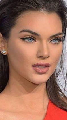 beautiful Source by richardbourdageau Most Beautiful Faces, Stunning Eyes, Gorgeous Eyes, Beautiful Smile, Brunette Blue Eyes, Blond, Women With Green Eyes, Girls Makeup, Skin Makeup
