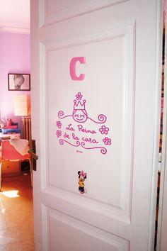 vinilo puerta princesas