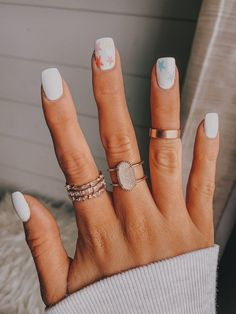 Cool Star Nail Art Designs You Will Love - nails nail art technician beauty suzie polis Summer Acrylic Nails, Best Acrylic Nails, White Summer Nails, Red And White Nails, White Gel Nails, Orange Nail, White Manicure, Simple Acrylic Nails, Square Acrylic Nails