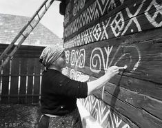 Pred 40 rokmi sa Vlkolínec a Čičmany stali pamiatkovými rezerváciami Old Photos, Vintage Photos, Heart Of Europe, Central Europe, Farm Life, Homeland, Folk Art, Travelling, Nostalgia