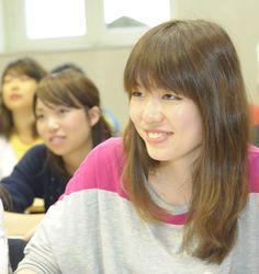 Portrait d'une étudiante au CIDEF -  UCO, Angers _ Photo YLB