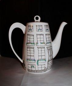 Brooklyn Brownstone Teapot or Coffee by UrbanAntix, $36.00 on Etsy