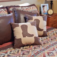 https://www.etsy.com/listing/222585452/western-pillow-set-brown-tooled-leather?ref=shop_home_feat_4