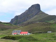 """Eigg.AnSgurr.Canthusus - List of islands of Scotland - Wikipedia, the free encyclopedia [""""<a href=""""http://commons.wikimedia.org/wiki/File:Eigg.AnSgurr.Canthusus.jpg#/media/File:Eigg.AnSgurr.Canthusus.jpg"""">Eigg.AnSgurr.Canthusus</a>"""" by James Gray - Photograph taken by James Gray. Licensed under <a title=""""Creative Commons Attribution-Share Alike 3.0"""" href=""""http://creativecommons.org/licenses/by-sa/3.0/"""">CC BY-SA 3.0</a> via <a href=""""//commons.wikimedia.org/wiki/"""">Wikimedia Commons</a>.]"""
