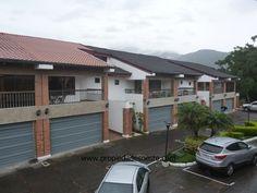 SE ALQUILA - Apartamento en Condominio, Trejos Montealegre, Escazú. EB-AN9223
