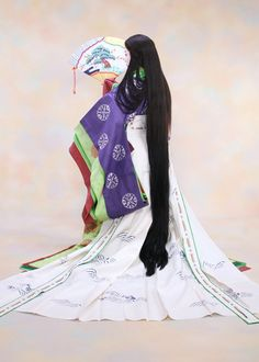 New Year campaign ☆ twelve-layered ceremonial kimono Japanese History, Japanese Beauty, Asian Beauty, Heian Era, Heian Period, Japanese Costume, Japanese Kimono, Japanese Outfits, Japanese Clothing