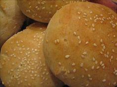 sourdough hamburger buns (uses bread machine halfway through) Sourdough Hamburger Buns Recipe, Sourdough Recipes, Bread Recipes, Sourdough Bread, Bread Bun, Bread Rolls, Cooking, Bread Machines, Night