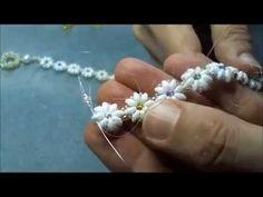 Tutorial Bracciale Bellis perennis con perline, superduo e cristalli: prima parte - YouTube