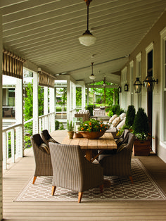 33 Stylish Porch Decoration Ideas For More Beautiful Home #frontporchdecoration #stylishfrontporch #frontporchideas ~ Ideas for House Renovations