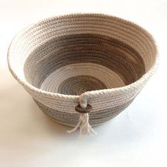 maya*made: walnut basket Rope Basket, Basket Bag, Basket Weaving, Rope Art, Fabric Bowls, Fibre And Fabric, Rope Crafts, Bag Patterns To Sew, Sewing Patterns