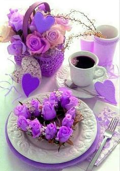 Jst a purple breakfast Good Morning Coffee, Good Morning Good Night, Coffee Break, Coffee Vs Tea, Coffee Cafe, Good Morning Flowers, Good Morning Greetings, All Things Purple, Mini Desserts