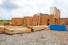 Insulated Concrete Forms vs Wood Frame: Choosing the Best Construction Wood Frame Construction, New Home Construction, Construction Companies, Construction Area, Residential Construction, Insulated Concrete Forms, Home Financing, Cost To Build, Tampa Bay Area