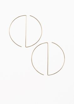& Other Stories Circular Bar Hoop in Gold