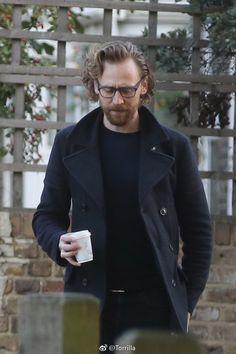 [Loki x Reader] [Tom x Reader] Tom Hiddleston/Loki Laufeyson short imagines. ---- I do not own any actors or actresses you may see here. Tom Hiddleston Loki, Thomas William Hiddleston, Loki Laufeyson, David Tennant, Toms, Man Thing Marvel, Wattpad, Celebs, Celebrities