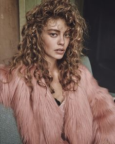 Ondria Hardin by Mariano Vivanco for Vogue Russia November 2015 3