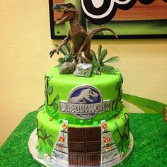 Jurassic World Cake! #JurassicWorld #Velociraptor #Delta #Birthdaycake #marthascupcakes