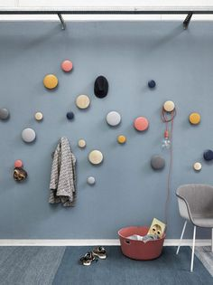 Buy The Dots Coat Hook from Muuto. The Muuto Dots Coat Hooks are produced from high quality wood. The Muuto Dot Coat hooks' sculptured design can be arr. Wooden Coat Hooks, Entryway Coat Hooks, Around The Corner, Wall Hooks, Scandinavian Design, Decoration, Modern Furniture, Dots