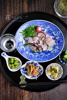 真鯛の和風カルパッチョ - Japanese style fish Carpaccio Sushi Recipes, Asian Recipes, Cooking Recipes, Ethnic Recipes, Japanese Street Food, Japanese Food, Japanese Style, Sashimi Sushi, Japanese Dishes