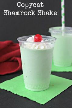 moms need to know copycat shamrock shake this copycat shamrock shake ...