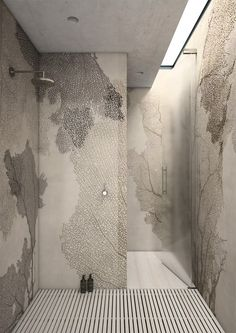 I'm loving the 'fan coral' waterproof wallpaper! And the skylight! And the floor 'deck'! Decoration Inspiration, Bathroom Inspiration, Design Inspiration, Ideas Baños, Tadelakt, Interior Decorating, Interior Design, Interior Modern, Bathroom Wallpaper