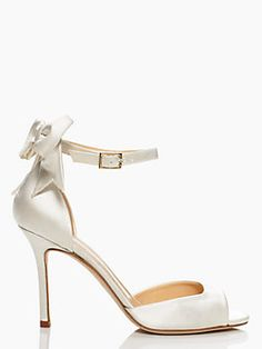 izzie heels- Love the style, but I want a different color.
