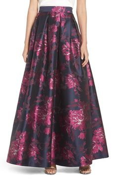 Free shipping and returns on Eliza J Metallic Jacquard Ball Skirt at Nordstrom.com. A banded high waist and kick pleats shape this full, flared ball skirt crafted from rich floral jacquard flecked with metallic shimmer.