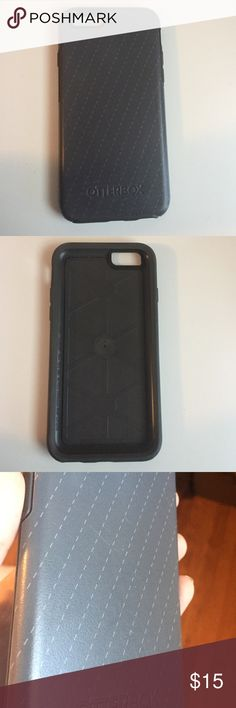 Gray Otterbox iPhone 6 case Gray Otterbox iPhone 6  case. Used for a week or two. Few light scratches but nothing to noticeable! OtterBox Accessories Phone Cases