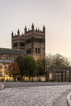 There's a lot to do and see in a day out in Durham, from the famous cathedral to the hilltop castle. And let's not forget the city's little surprises. Durham England, England Uk, Travel England, Cool Places To Visit, Places To Travel, Mall Of America, North America, Durham University, Durham City