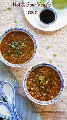 Vegetarian hot and sour soup recipe. Best hot and sour soup recipe, Indo-Chinese style. Asian hot and sour soup. Indian chinese hot and sour soup recipe. Healthy Chinese Recipes, Indian Food Recipes, Asian Recipes, Healthy Recipes, Ethnic Recipes, Asian Foods, Healthy Eats, Chinese Soup Recipes, Chili Recipes