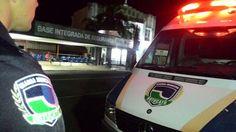 GCM registra duas situações de pessoas usando maconha em praças no centro da cidade - A GCM registrou nesta quarta-feira, 15, duas situações de pessoas usando maconha em praças no centro da cidade. O primeiro atendimento foi na Praça Coronel Moura, Paratodos, onde dois adolescentes estavam fumando um cigarro de maconha. Diante dos fatos, um adolescente de 13 e outro de 16 anos - http://acontecebotucatu.com.br/policia/gcm-registra-duas-situacoes-de-pessoas-usando-maconh