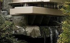 Frank Lloyd Wright remains the most famous American architect even though he was born just two years after the end of the Civil War. Frank Lloyd Wright, Architecture Old, Architecture Portfolio, Falling Water House, Architectural Section, Layout Design, Exterior, House Design, House Styles