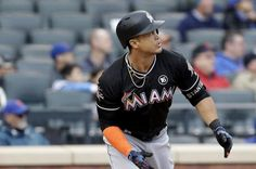 MIAMI — Giancarlo Stanton hit the go-ahead home run and set a franchise career RBIs record, leading the Miami Marlins to a 7-5 win over the Arizona Diamondbacks on Friday night at Marlins Park.  Stanton has 579 RBIs, one more than former Marlins third baseman Mike Lowell. It was... - #Franchise, #Giancarlo, #Ma, #Miami, #RBI, #Record, #Sets, #Stanton, #TopStories