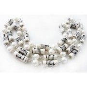 Necklace: Pearl and paper beads