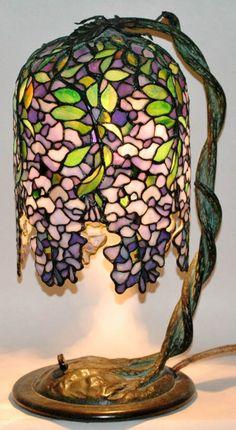 Unique Art Glass Wisteria Table Lamp