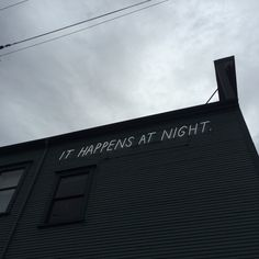 Night sign graffiti urban art building black and white photography Ying Y Yang, Grunge, The Wombats, Night Vale, Emotion, Neon, The Mortal Instruments, Bungou Stray Dogs, Infp