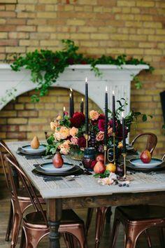 Décoration de table dans l'esprit de l'automne