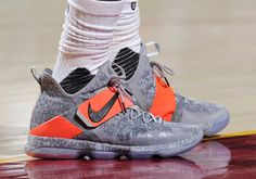 #sneakers #news  LeBron Switches Back To The LeBron 14 In Close Game 2 Win Over Pacers