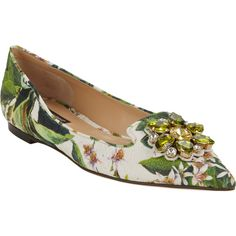 Dolce & Gabbana Jeweled Floral Brocade Flats (1.855 HRK) ❤ liked on Polyvore featuring shoes, flats, jeweled flats, floral print flats, slip on shoes, white flat shoes and white pointed toe flats