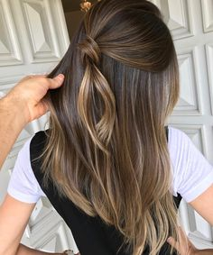 Quick Hairstyle Straight Long Hair Cut Light Brown Hair Color with . - Quick Hairstyle Straight Long Haircut Light Brown Hair Color with Clear Lights Fashion Trend 2019 F - Brown Hair Balayage, Brown Ombre Hair, Brown Blonde Hair, Light Brown Hair, Hair Color Balayage, Brunette Hair, Hair Highlights, Dark Hair, Fall Balayage