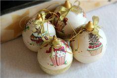 """Купить Деревянные шары с сюрпризом """"Новогодние пироженки"""" - шар, новогодний подарок, новогодний сувенир"""