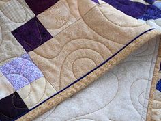 52 Quilts in 52 Weeks: Tuesday Tutorial: Susie's Magic Binding with a flange.  Binding totally sewn on by machine.