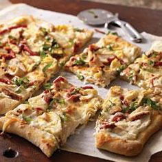 Chicken, Bacon and Goat Cheese Flatbread (Pillsbury Pie Crust, Goat Cheese, Chicken Easies, Leeks, Bacon, Mozzarella Shreds, Shredded Baby Spinach) [Made Sunday, August 11, 2013]