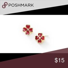 ✨✨18K Gold Plated Heart Studs Lovely flower shaped post earrings in a dark pink colored enamel and plated in 18K Gold 4 times. These earring are not small. They are larger than you would think. Comes with velvet dust bag. Nice&Bella Jewelry Earrings