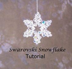 Tutorial Beaded Ornament Swarovski Snowflakes Two Beaded Christmas Ornaments, Christmas Earrings, Snowflake Ornaments, Christmas Jewelry, Snowflakes, White Snowflake, Crochet Christmas, Christmas Tree, Swarovski Snowflake