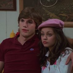 jackie & michael or jackie & steven? follow @jackieburkhaurt for more 👼🏼✨☁️ Kelso And Jackie, Jackie That 70s Show, Michael Kelso, Ashton Kutcher, Mila Kunis, 70 Show, Don T Lie, Some Girls, Movies Showing