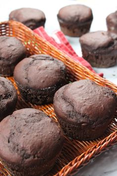 These fluffy, moist vegan chocolate muffins are ready in about 20 minutes and are super easy to prepare, just toss together all the ingredients in one bowl and bake!