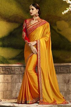 A Classic mix of traditional silk saree hue makes for a must-have style in your wedding wear collections. Grab this Beauty Silk Saree. Bridal Sari, Wedding Sari, Bollywood Wedding, Bollywood Saree, Indian Bollywood, Indian Sarees, Telugu Wedding, Indian Blouse, Wedding Attire