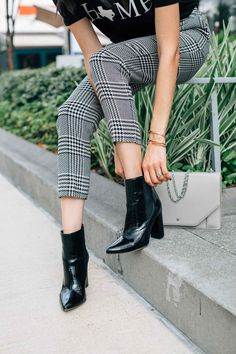 Chelsea Booties With Plaid Pants #falloutfits